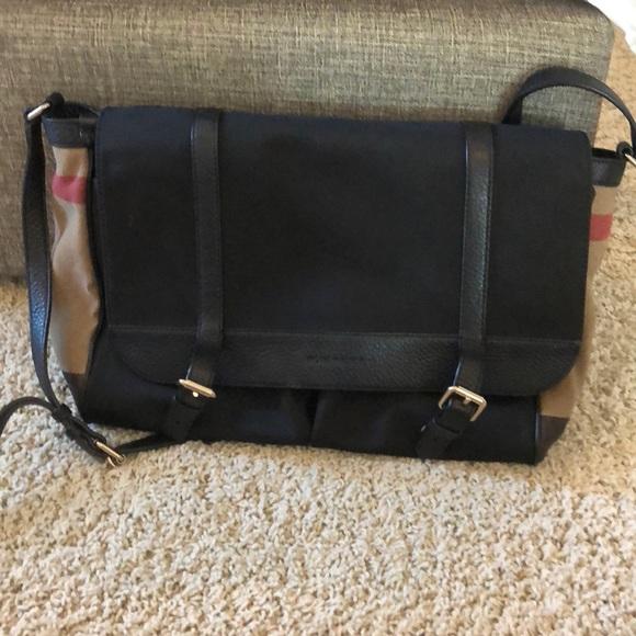254cecb759f Burberry Bags   Laptopdiaper Bag   Poshmark